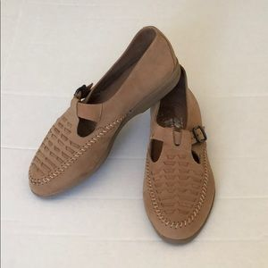 Shoes - Natural Sport Cradle Woven Buckle Leather Shoes